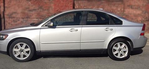 Volvo-S40-2006-silver-automatic-transmission-Popular-Mechanix-auto-repair-San-Francisco.jpg